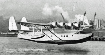 Samoan Clipper taking off from Auckland for a sightseeing trip during the April 1937 stopover