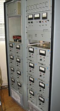 Nautel 500 kHz transmitter