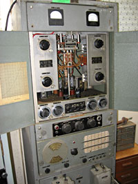 Collier and Beale 4225 transmitter