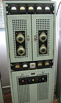 T98 marine radio transmitter