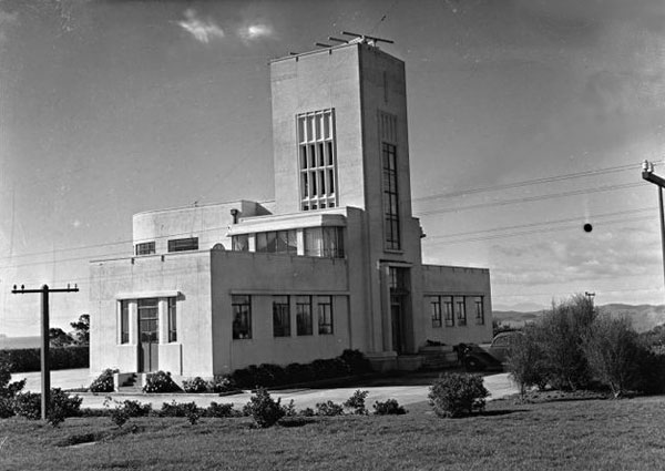 Musick Memorial Radio station seen from the southwest, 29 August 1946