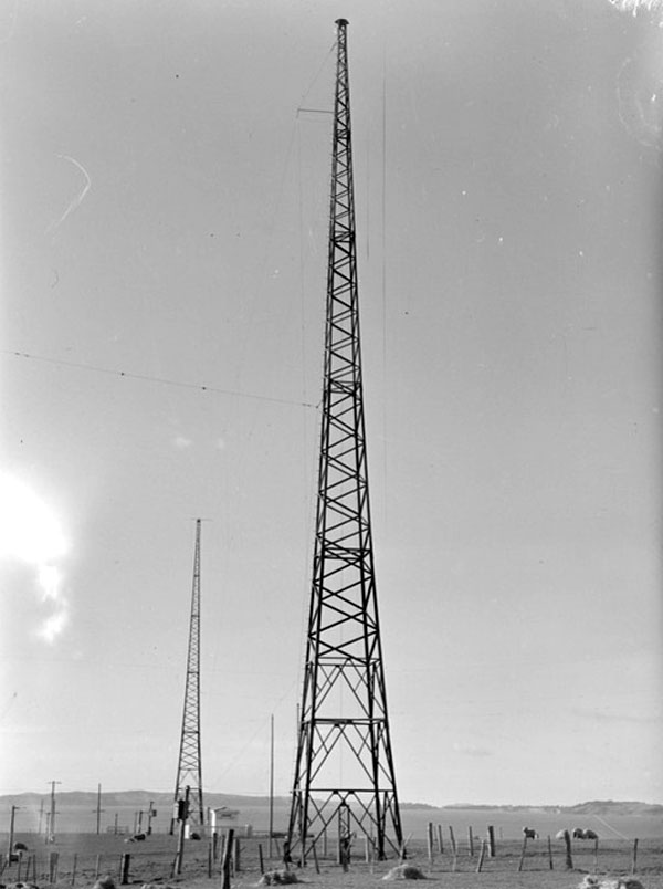Transmission masts at Auckland Radio, 29 August 1946.