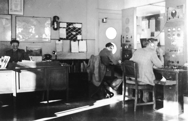 A supervisor and two operators working at Auckland Radio ZLD