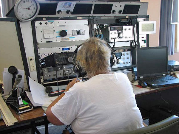 Barbara ZL1UFT operates 80m SSB at ZL1ZLD during Field Day 2009.