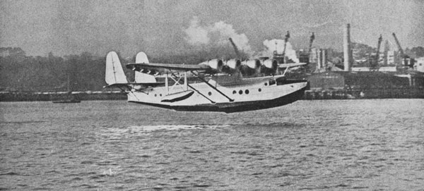 Clipper taking off from Auckland on a sightseeing flight, 2 Apr 1937