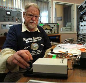 Ian Walker ZL1BFB keys the 500kHz transmitter at Musick Point Radio