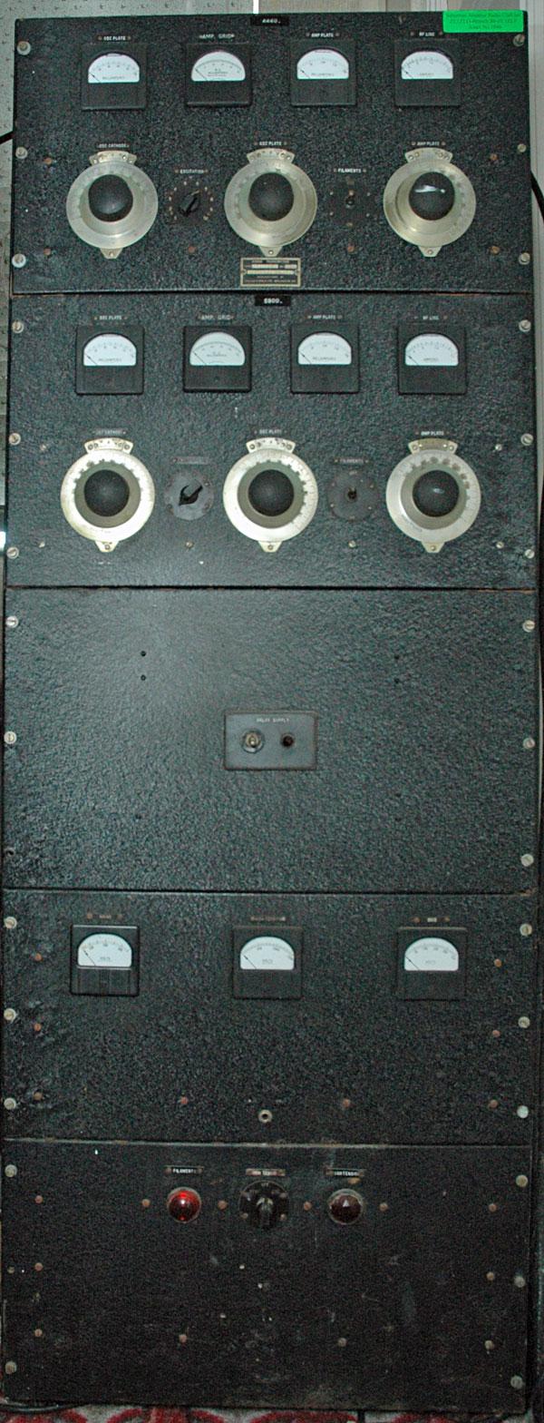 Collier and Beale 277 marine radio transmitter