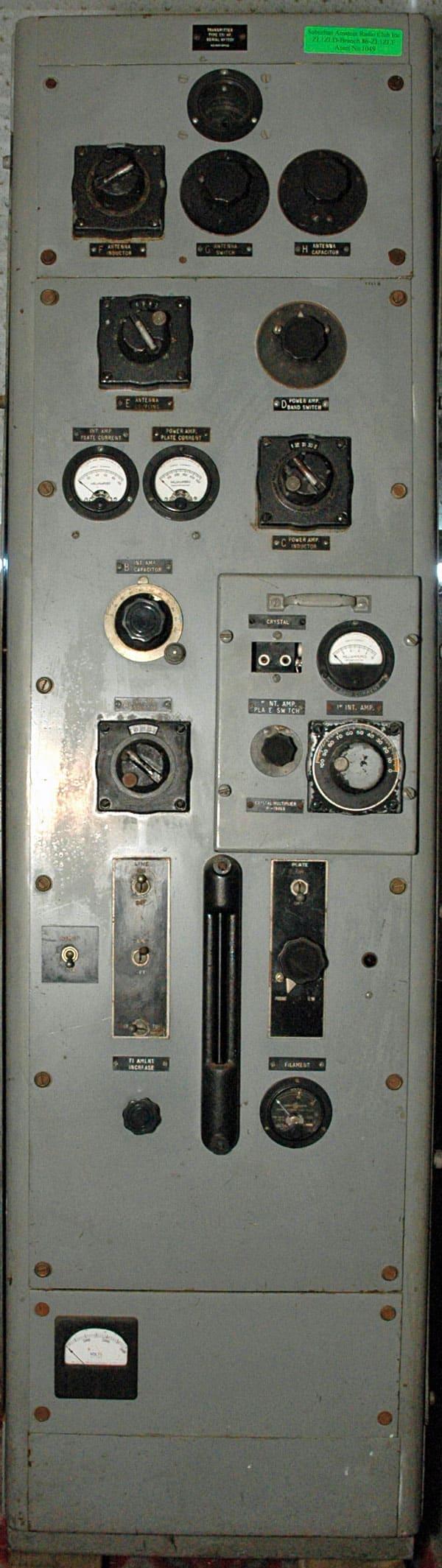 RCA 1301 marine radio transmitter
