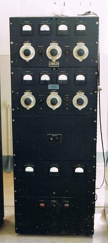 Collier & Beale 277 transmitter